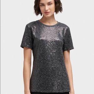 Dkny Tops - DKNY Crewneck Shirt 👚